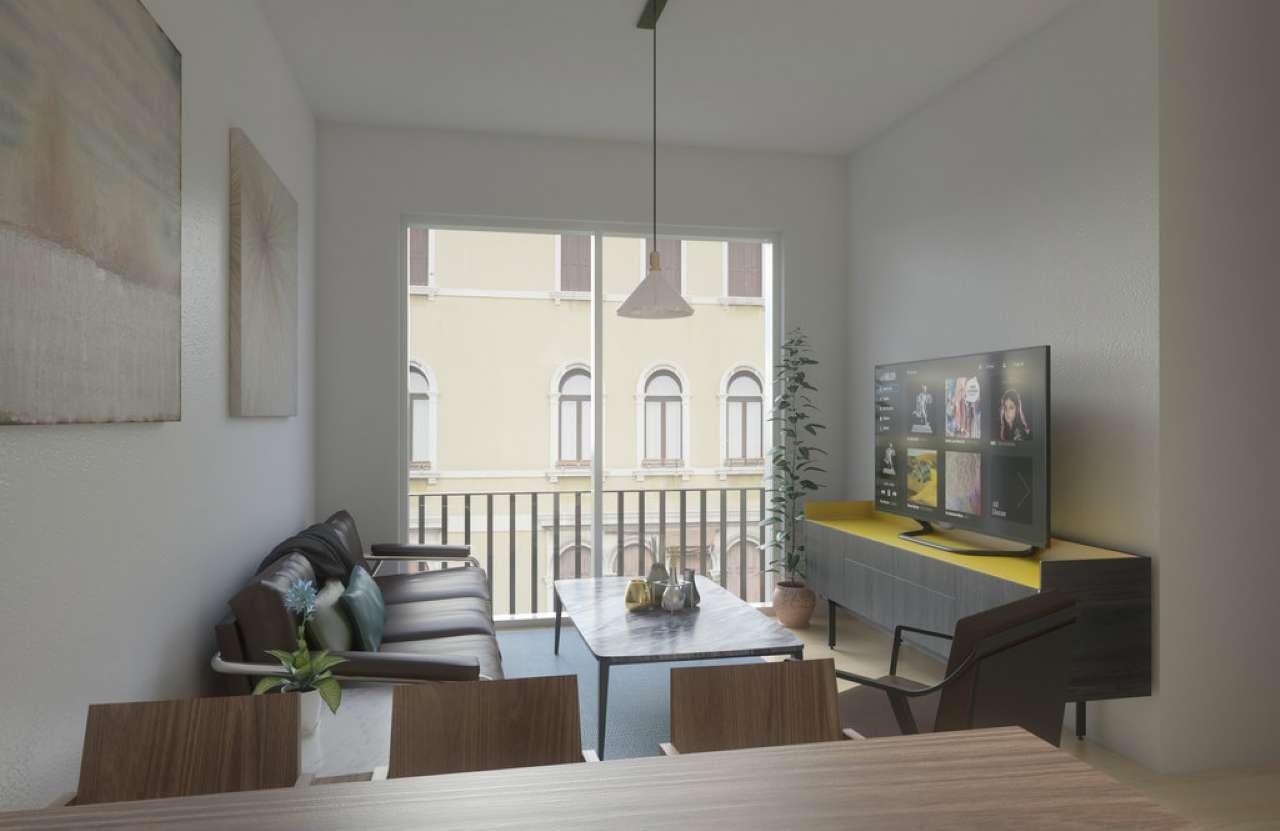Appartamento in vendita 4 vani 67 mq.  Via Ponte alle Mosse Firenze