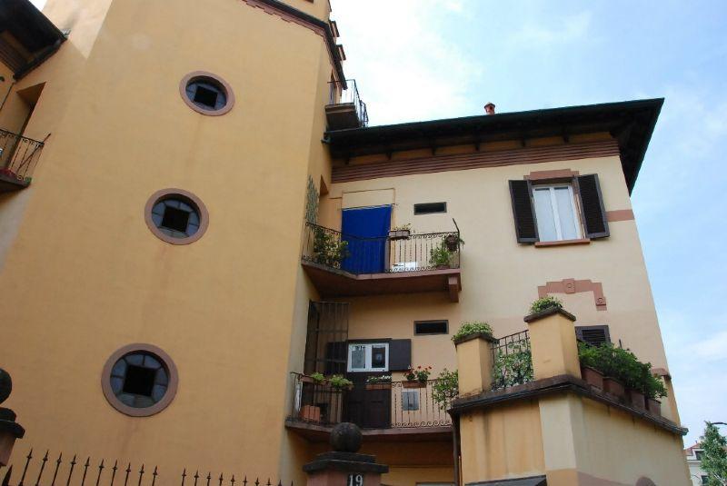 Bilocale Milano Via Cicerone 12