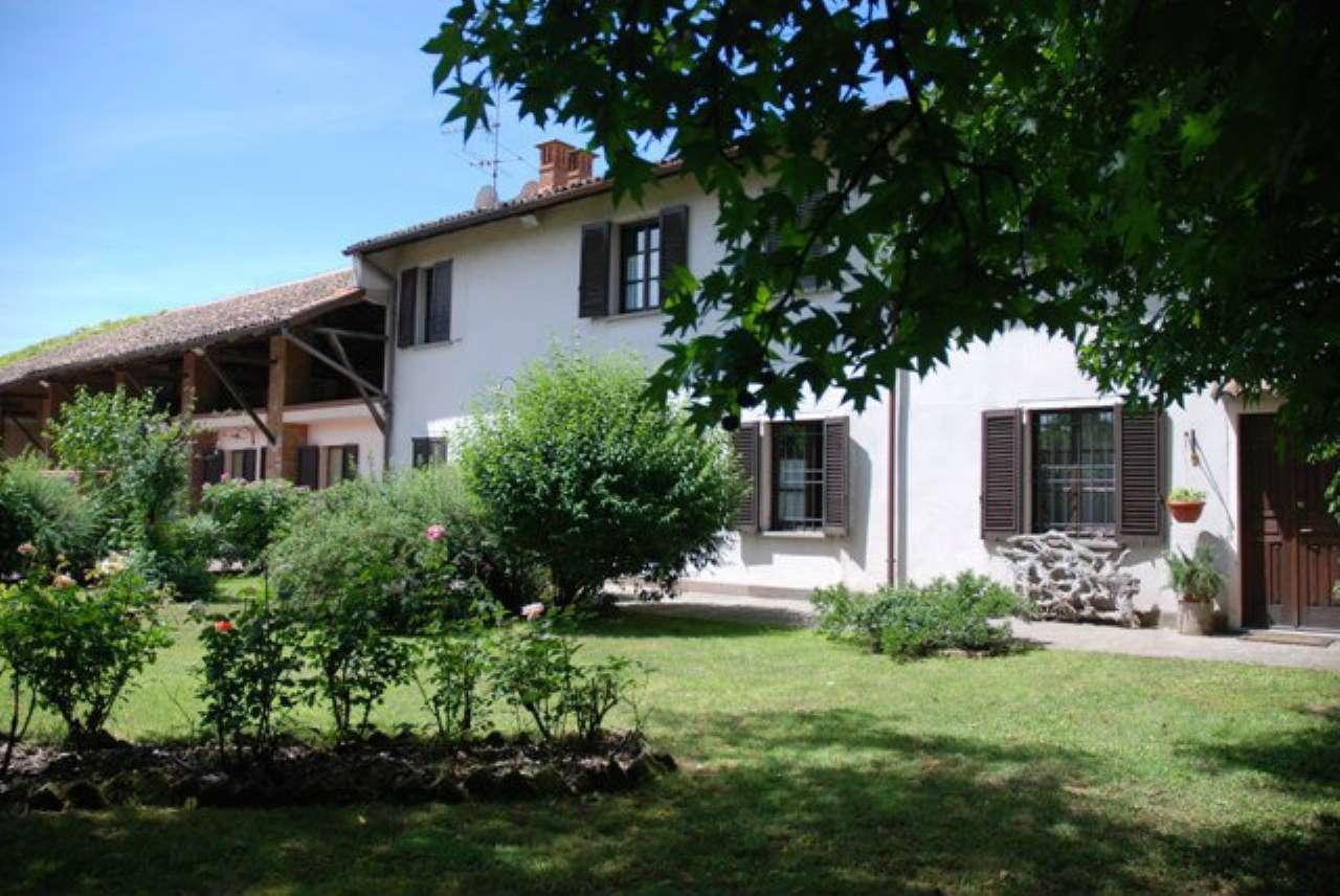 Villa in vendita a Torre d'Isola, 6 locali, prezzo € 690.000 | CambioCasa.it