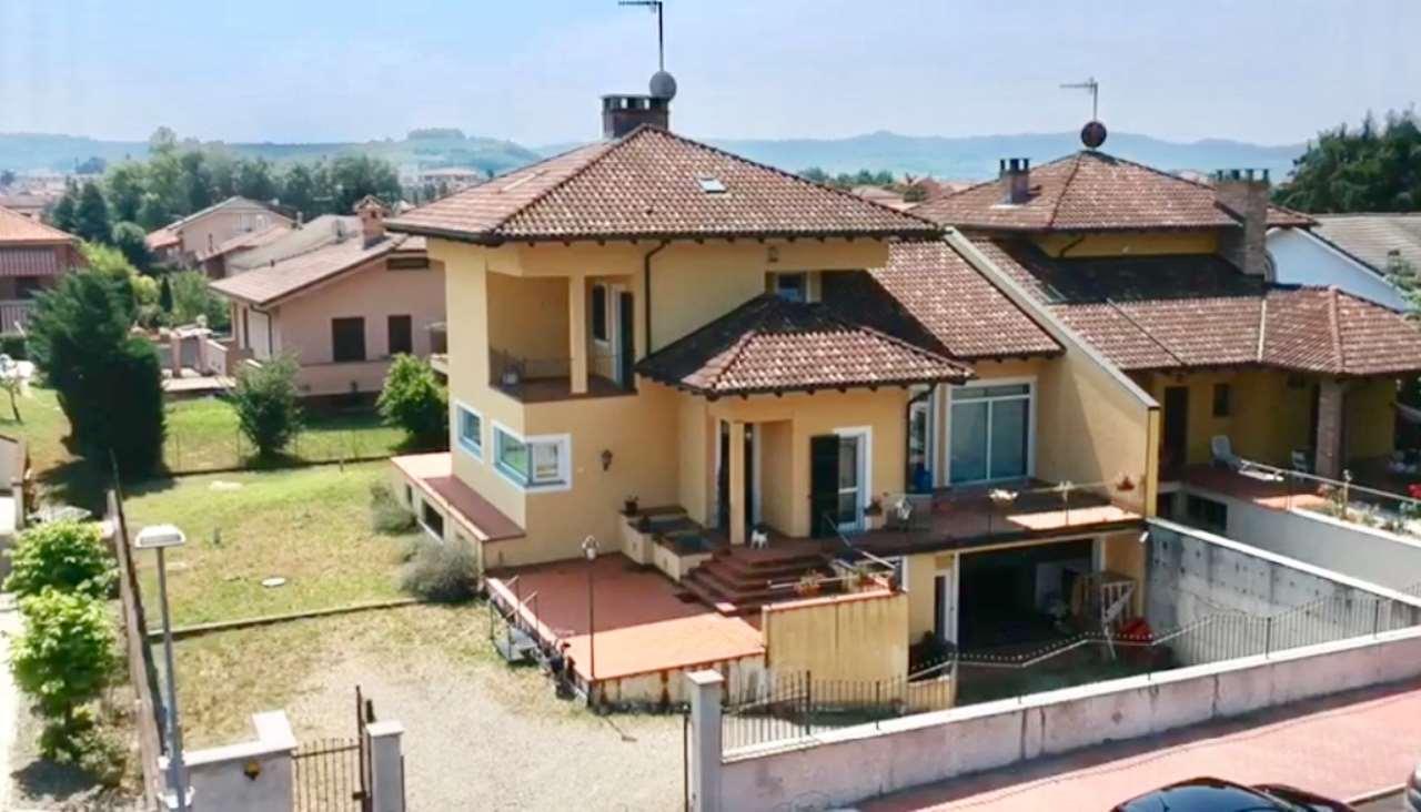 Foto 1 di Villa via Cavallaro 13, Nizza Monferrato