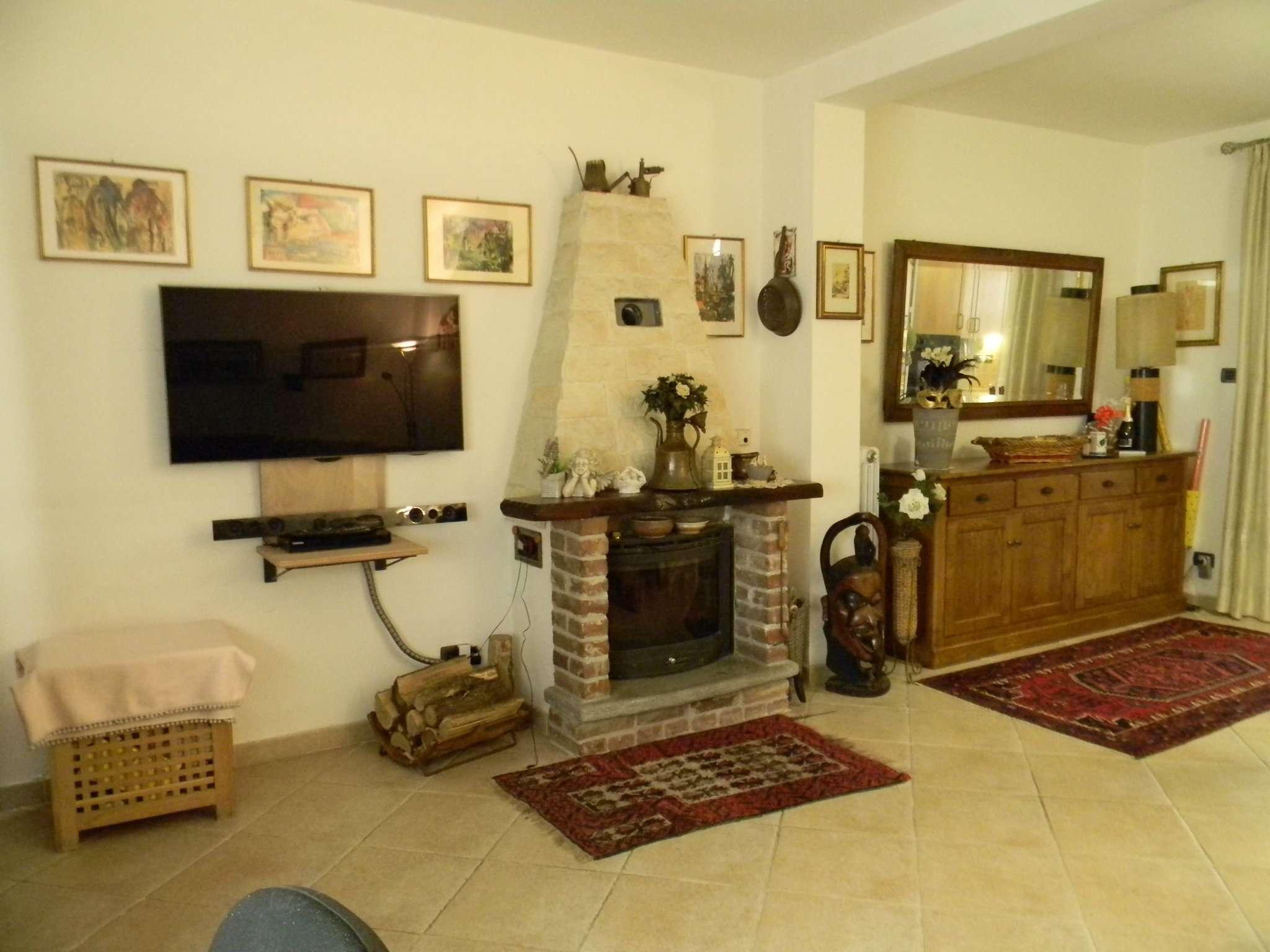 Foto 1 di Appartamento Via dei Finelli  11, frazione San Giovanni, Riva Presso Chieri