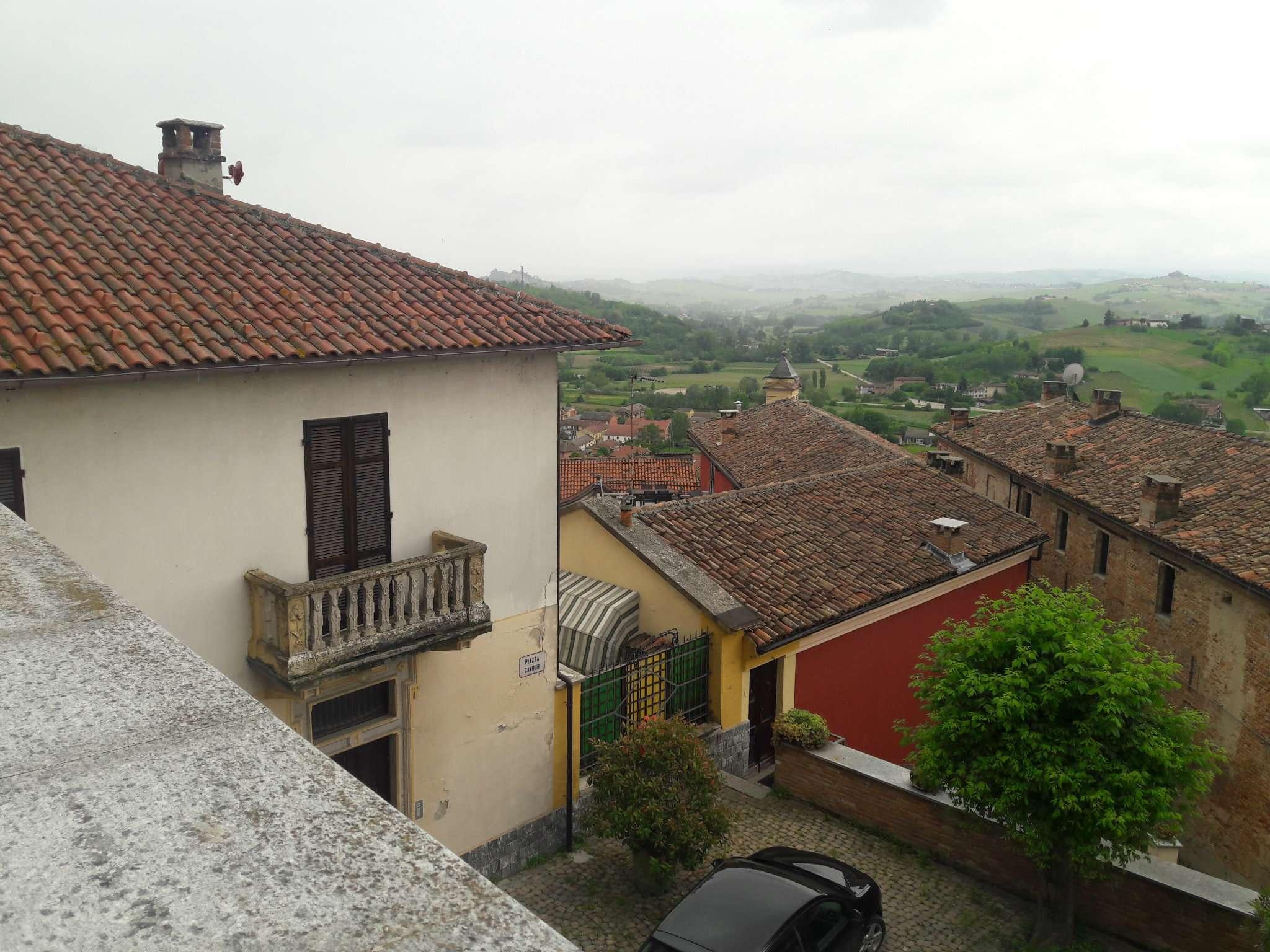 Foto 1 di Appartamento via Roma, Busalla