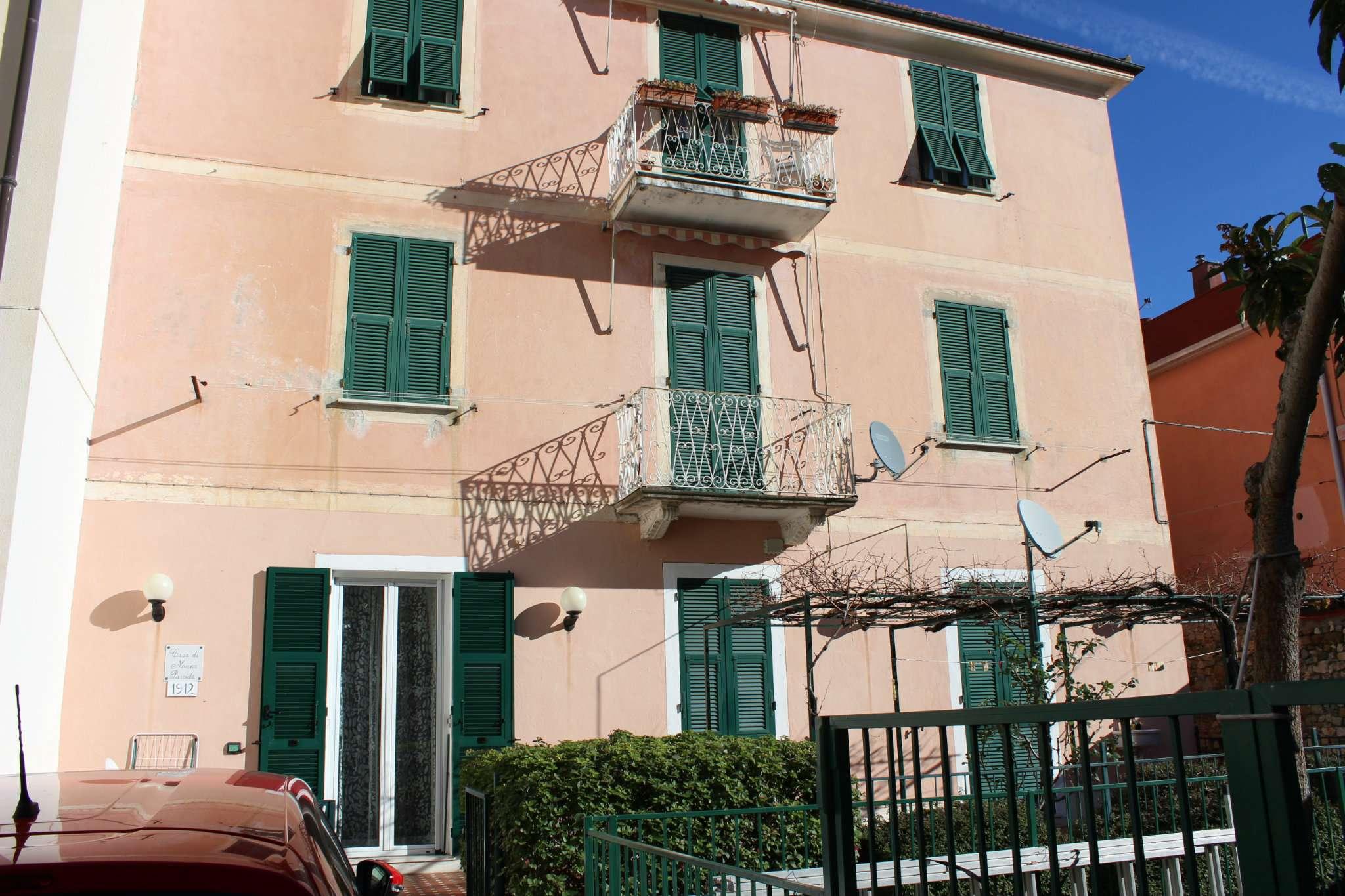Foto 1 di Appartamento via Monastero, Noli