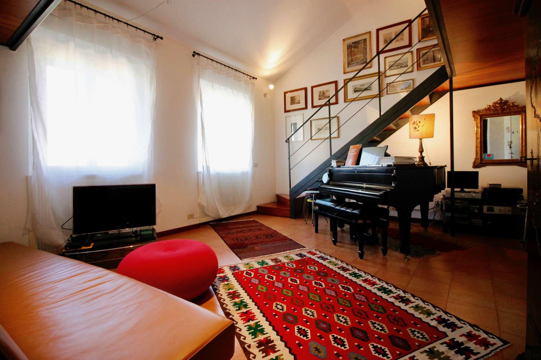 Appartamento in Vendita a Milano 02 Brera / Volta / Repubblica: 2 locali, 85 mq