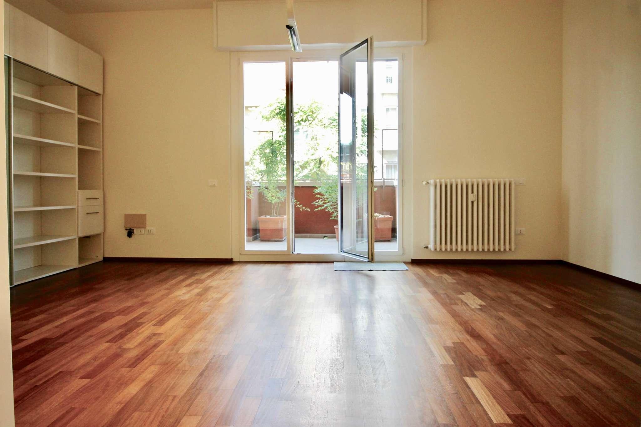 Appartamento in Affitto a Milano 02 Brera / Volta / Repubblica: 3 locali, 125 mq