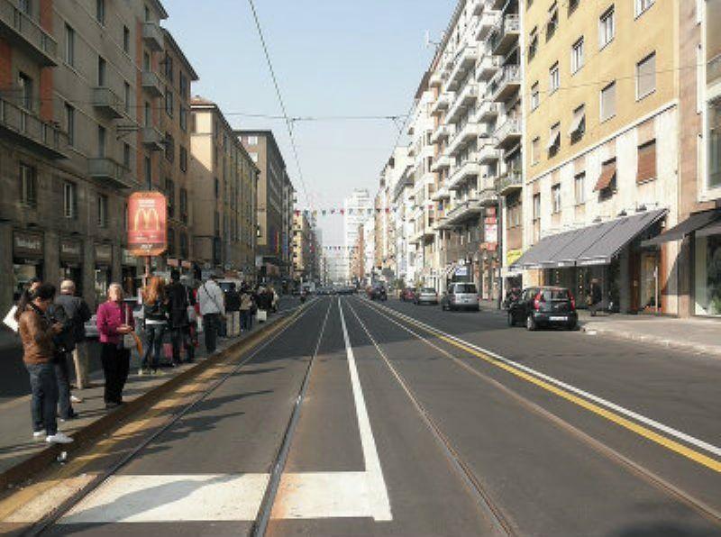 Negozio-locale in Vendita a Milano 21  Brera / Cavour / Repubblica: 2 locali, 330 mq