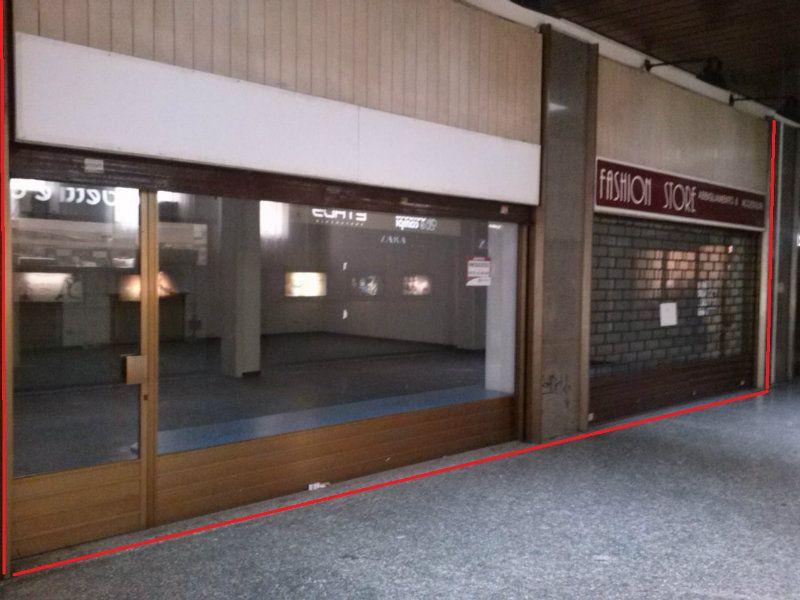 Negozio / Locale in affitto a Varese, 2 locali, prezzo € 2.400 | Cambio Casa.it