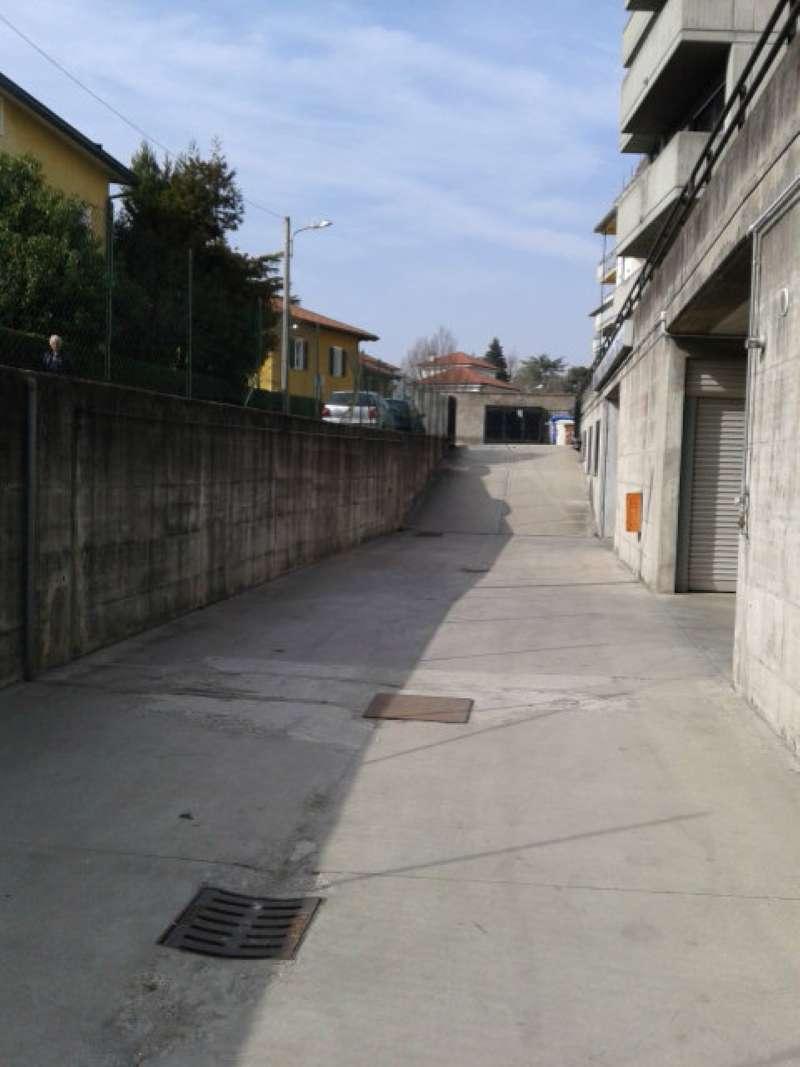 Magazzino in vendita a Varese, 1 locali, prezzo € 260.000 | Cambio Casa.it