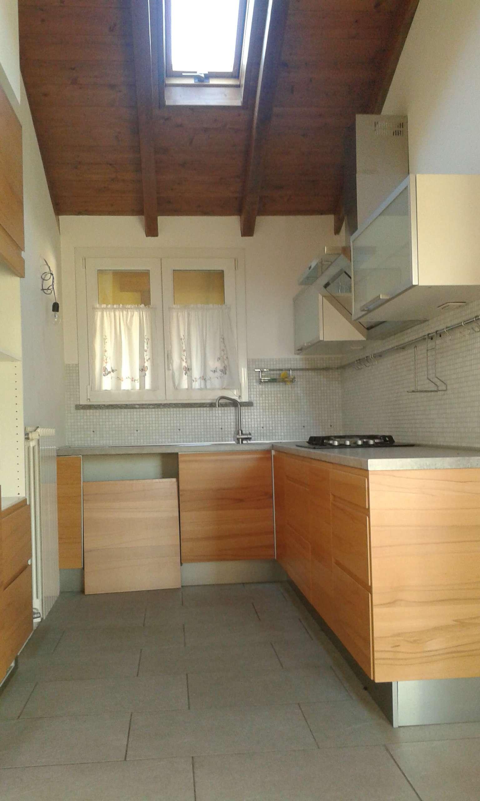 Appartamento in vendita a Morazzone, 3 locali, prezzo € 135.000 | CambioCasa.it