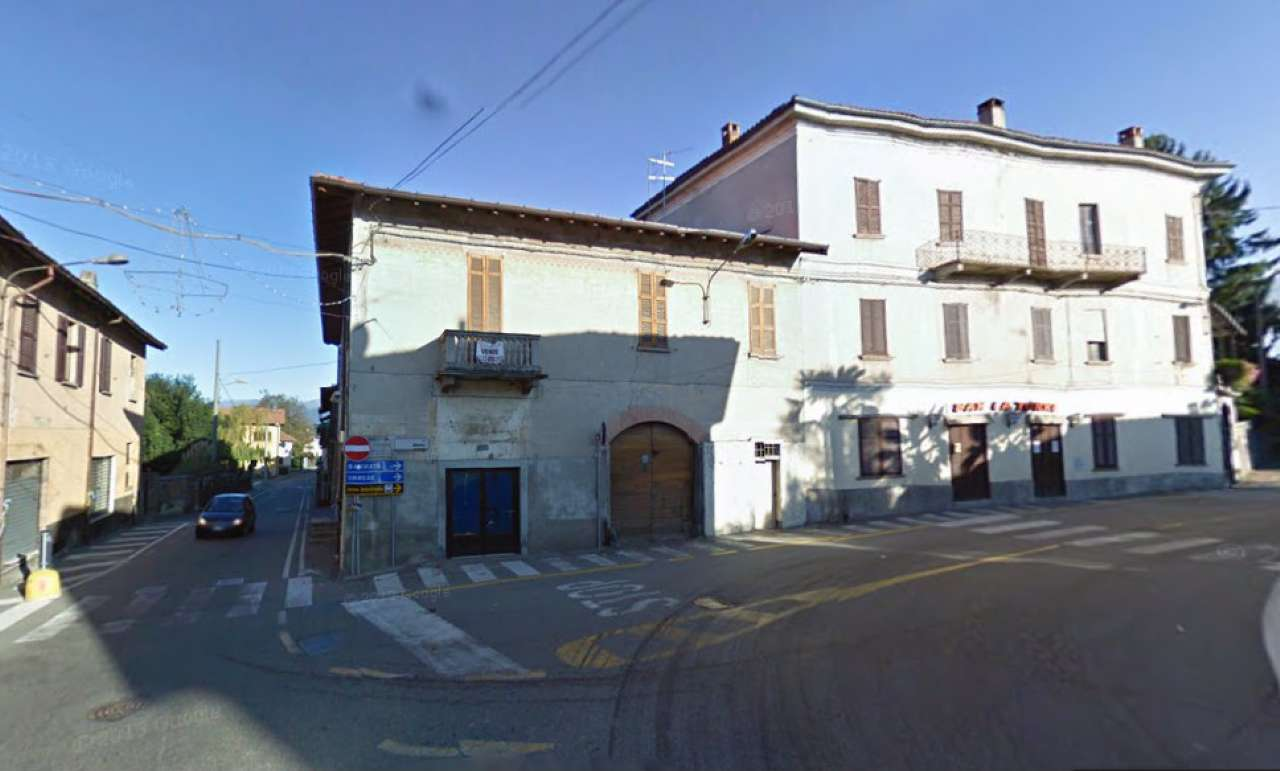Rustico / Casale in vendita a Bardello, 10 locali, prezzo € 115.000 | Cambio Casa.it
