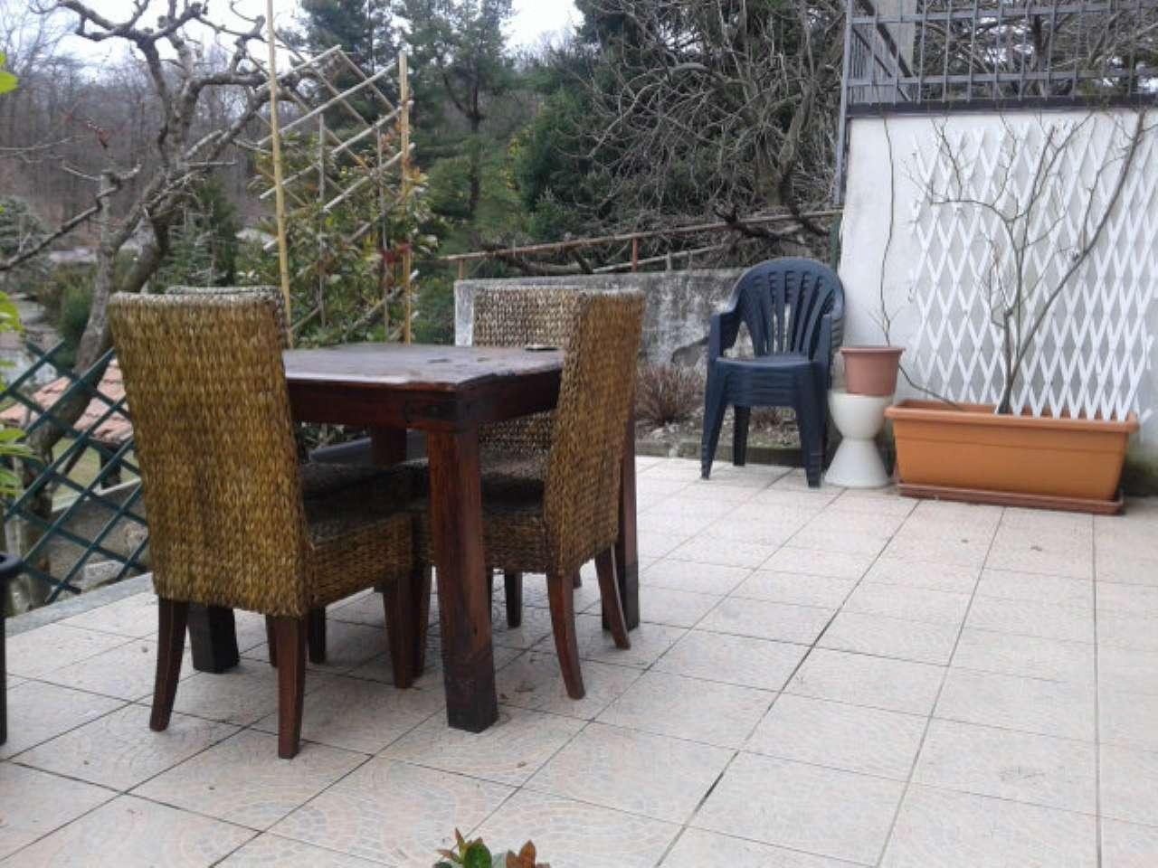 Appartamento in vendita a Cunardo, 3 locali, prezzo € 125.000 | CambioCasa.it