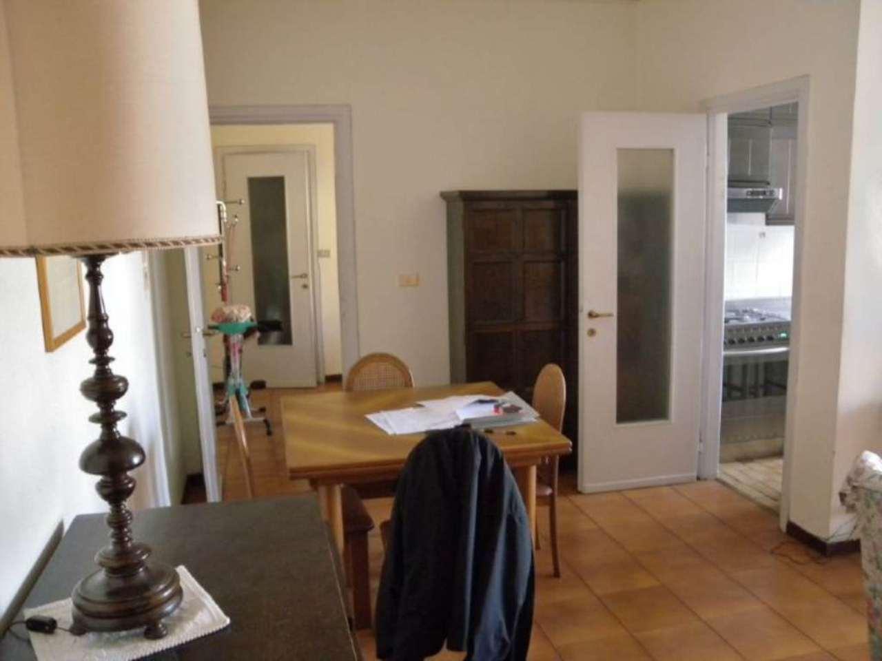 Bilocale Milano Via Marochetti 5