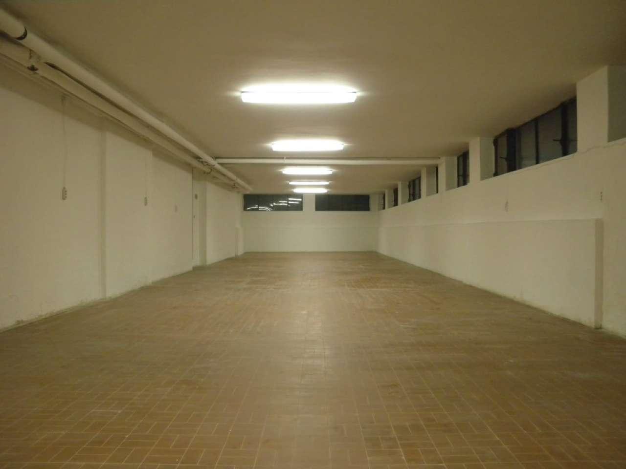 Magazzino in Vendita a Milano 07 Darsena /  Ticinese: 1 locali, 170 mq