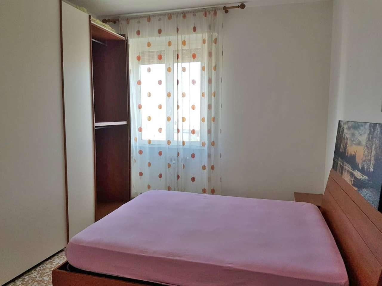 Appartamento in Affitto a Cologno Monzese: 2 locali, 75 mq