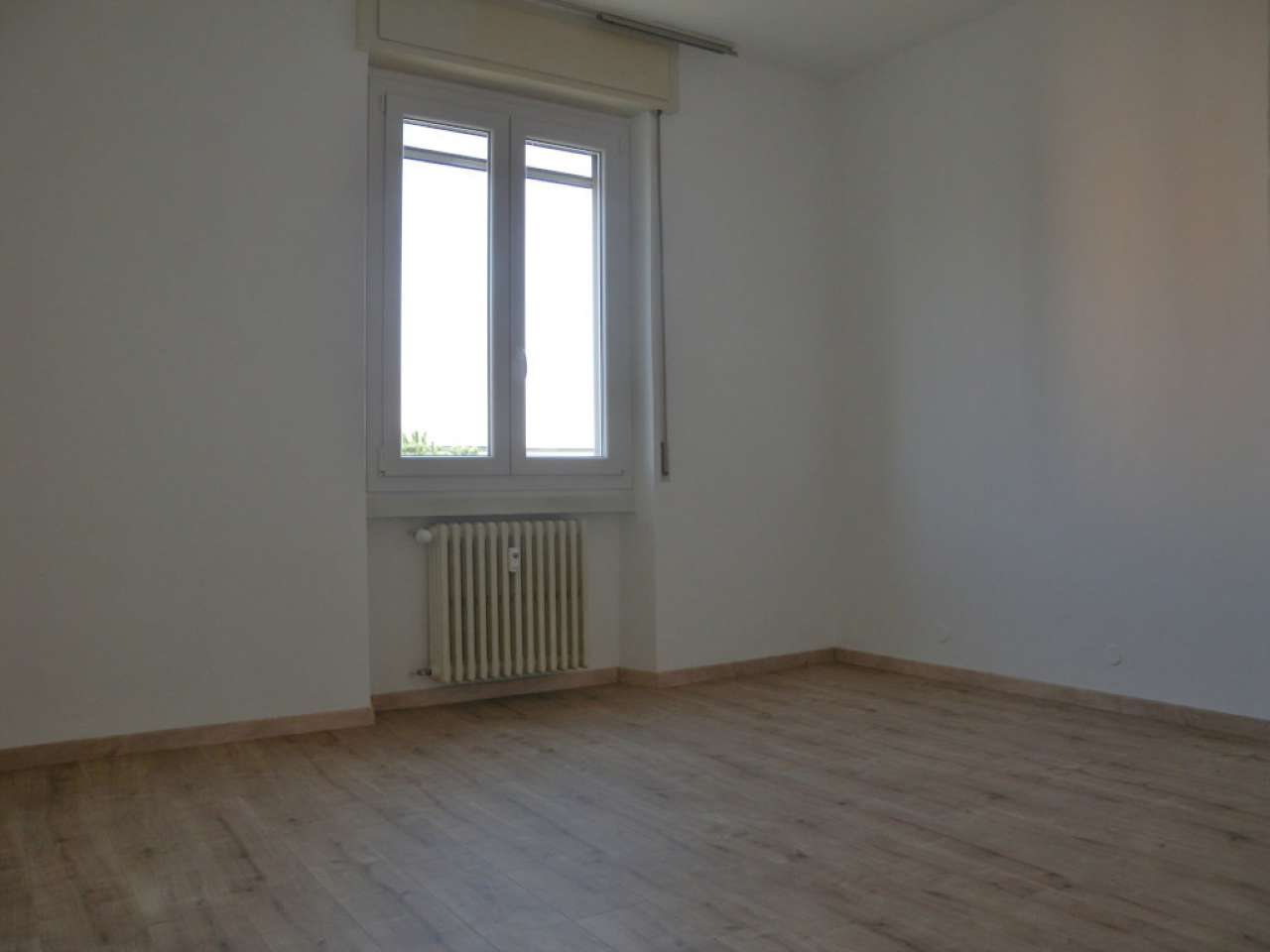 Appartamento in Affitto a Pieve Emanuele Centro: 2 locali, 70 mq