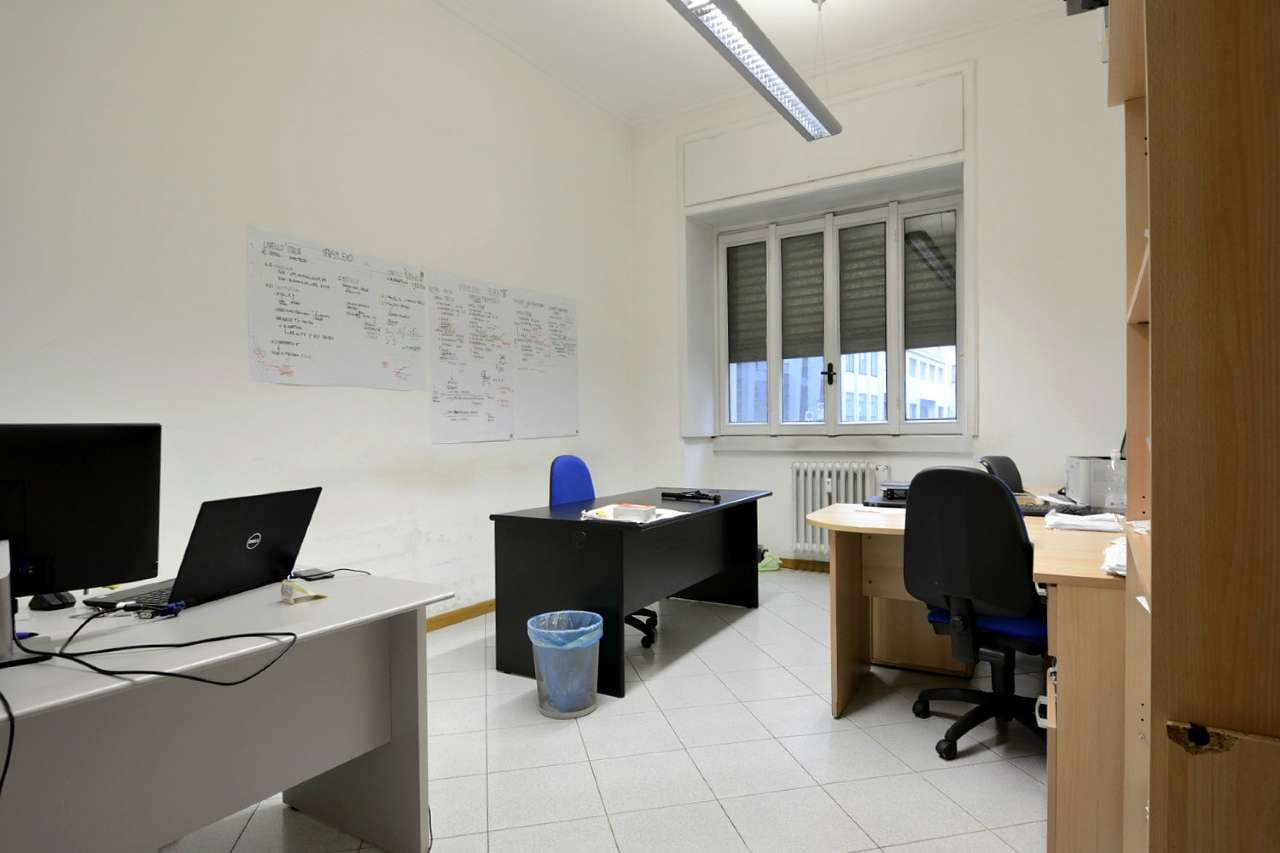 Ufficio-studio in Vendita a Milano 10 Isola / Centrale / Gioia: 5 locali, 140 mq