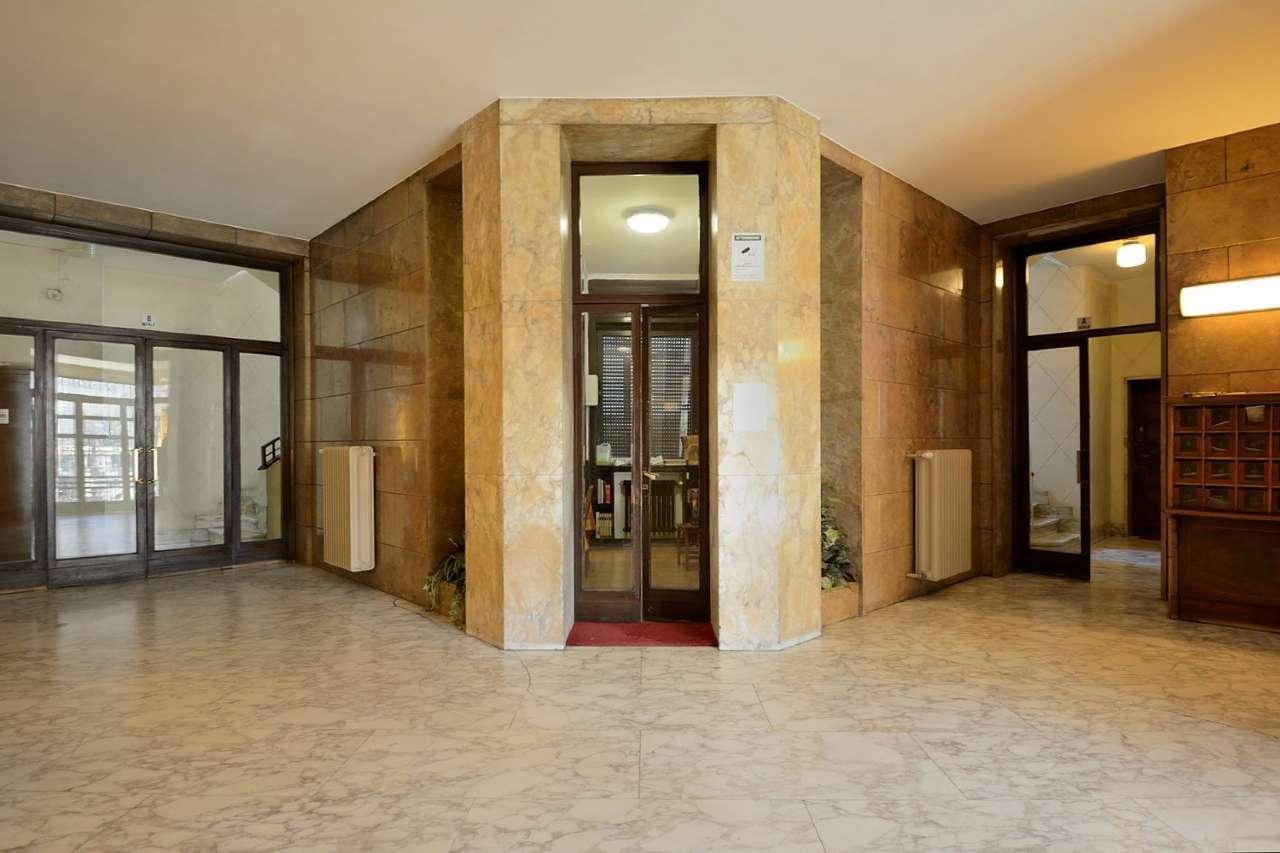 Appartamento in Vendita a Milano 02 Brera / Volta / Repubblica: 4 locali, 140 mq