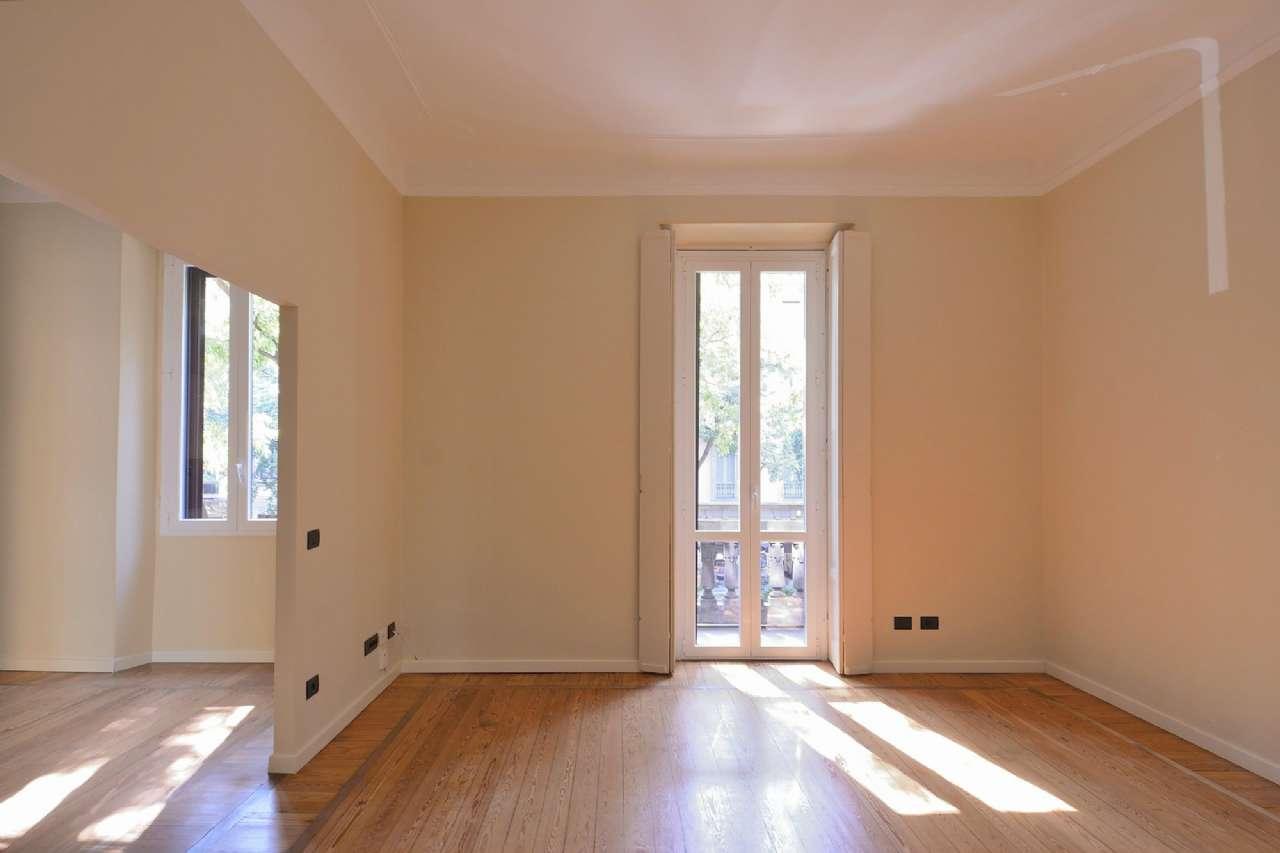 Appartamento in Vendita a Milano via castel morrone