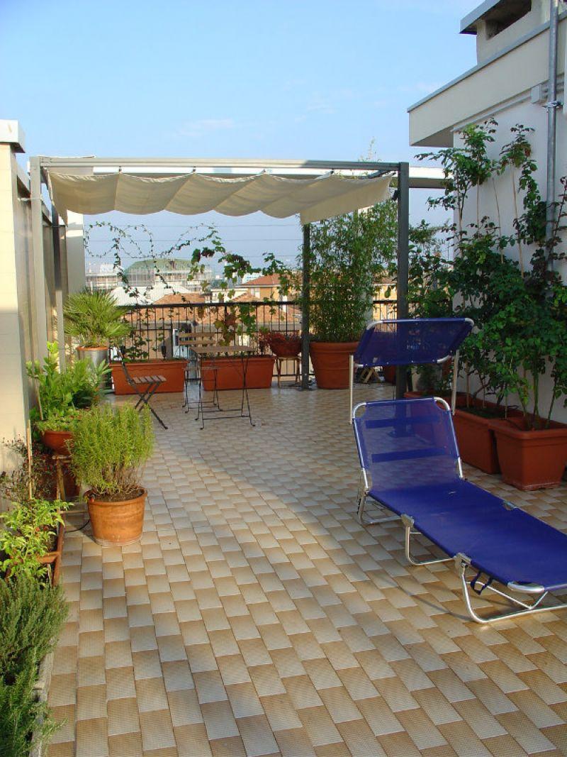 Bilocale Milano Via Giulietti 2