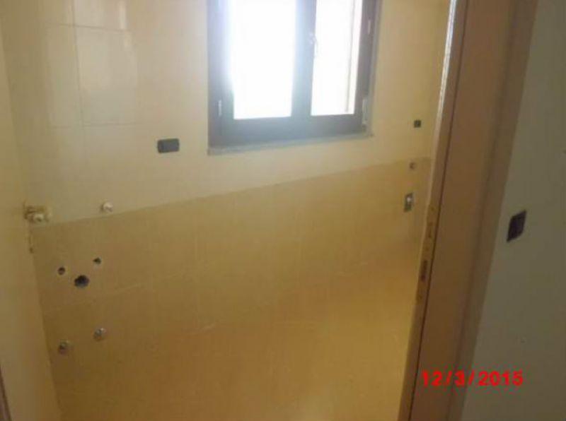 Bilocale Cesano Boscone Via Fontanile Pozzi 8
