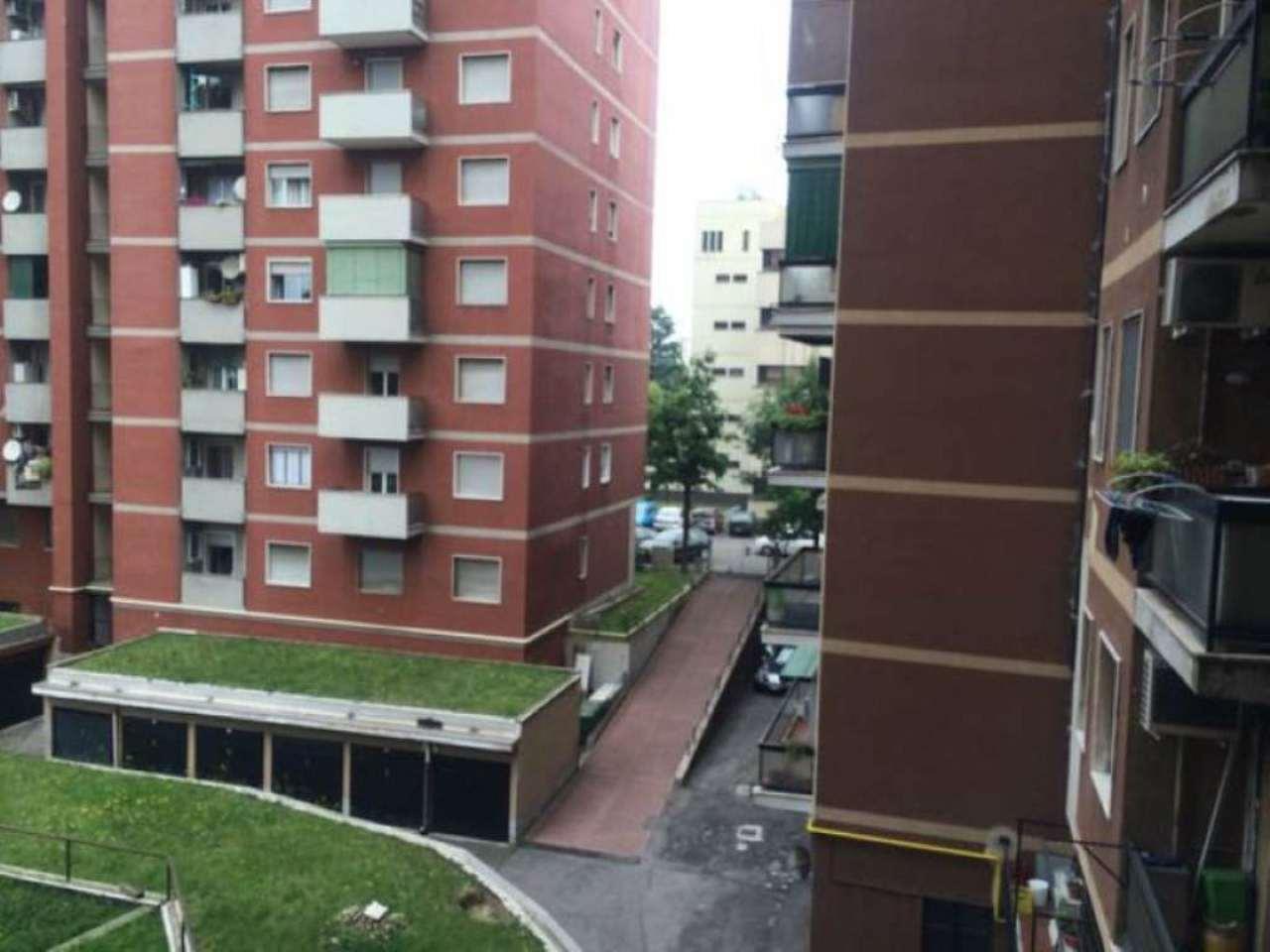 Bilocale Cinisello Balsamo Via Ferri 2
