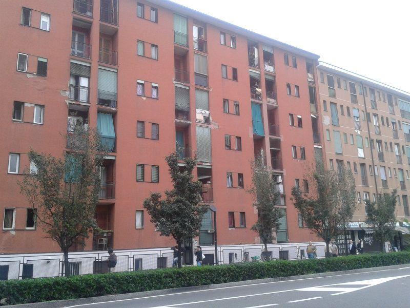 Bilocale Cologno Monzese Via Milano 8