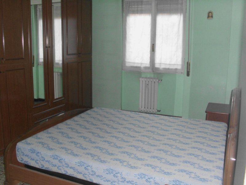 Bilocale Cinisello Balsamo Via C. Villa 5