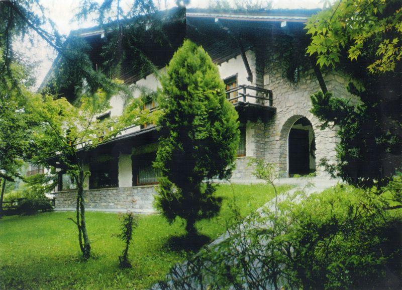 Villa in Vendita a Courmayeur via