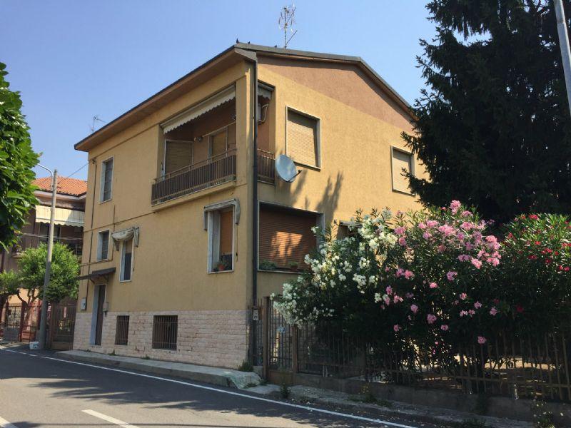 Appartamento in affitto a Nova Milanese, 3 locali, prezzo € 750 | Cambio Casa.it
