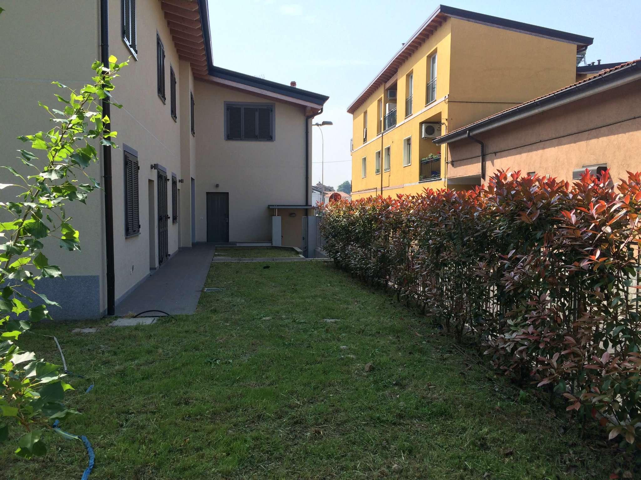 Villa in vendita a Nova Milanese, 9999 locali, prezzo € 312.000 | Cambio Casa.it