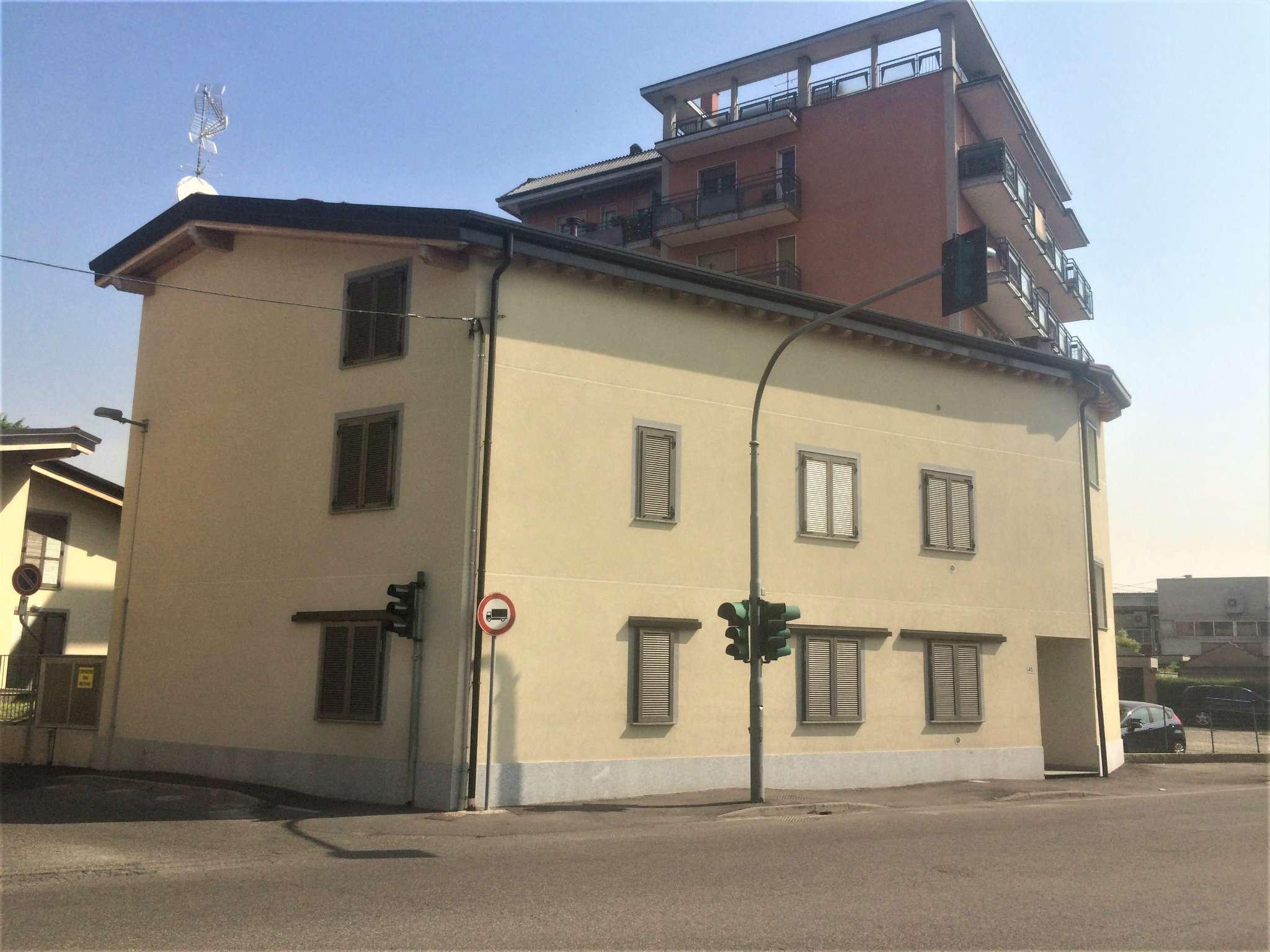 Appartamento in vendita a Nova Milanese, 3 locali, prezzo € 155.000 | Cambio Casa.it