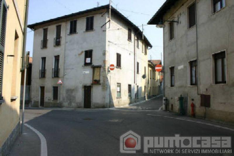 Bilocale Aicurzio Via Roma 4