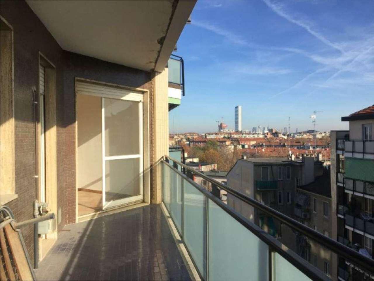 Bilocale Milano Via Morgantini 3