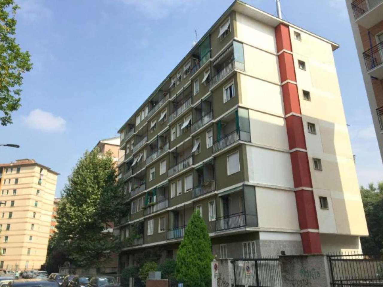 Bilocale Milano Via Debussy 9