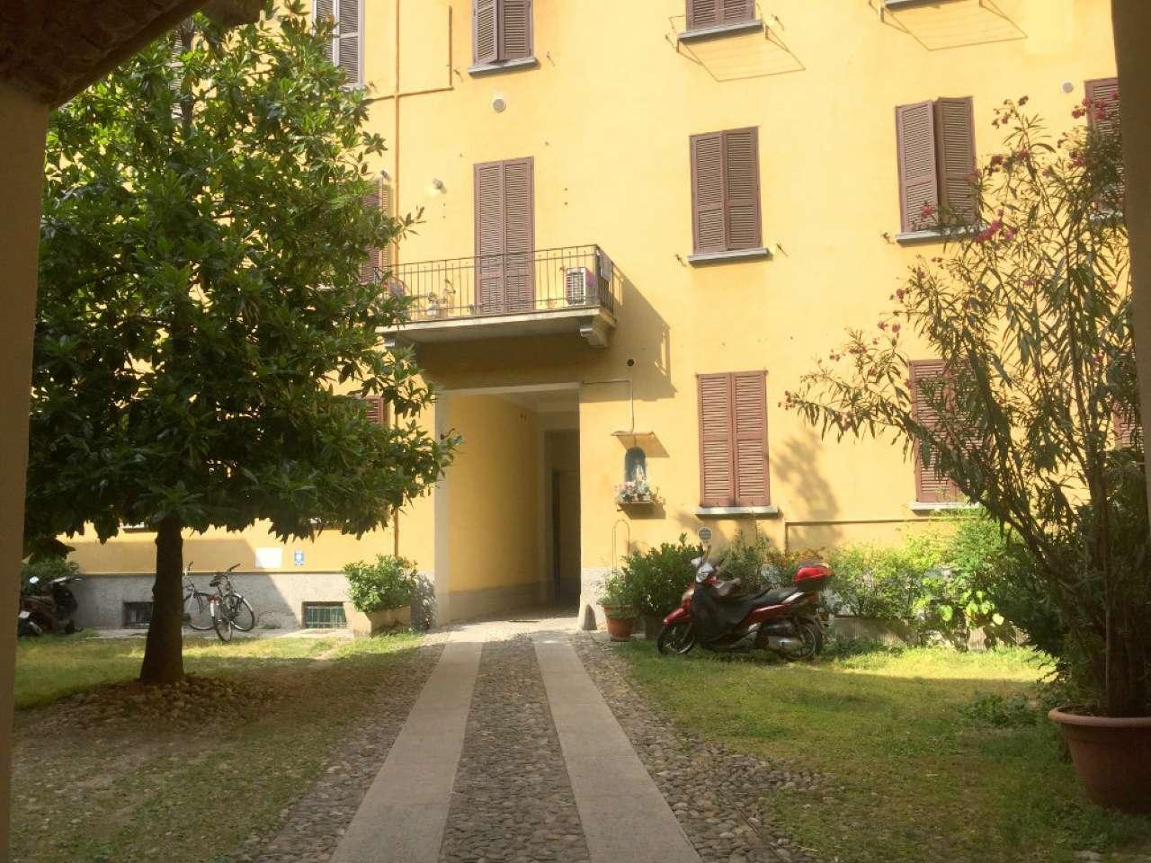 Bilocale Milano Via Orti 9