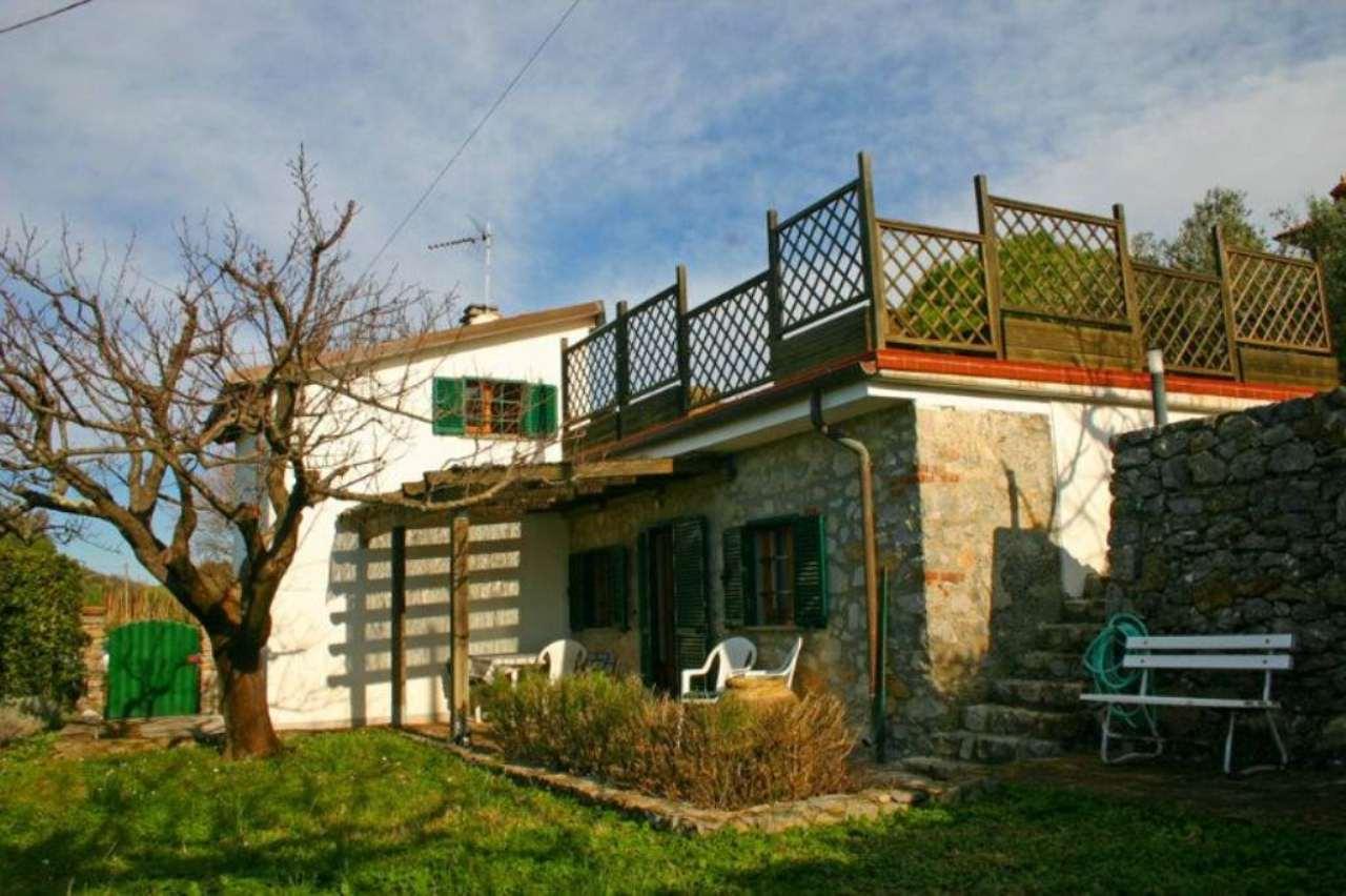 Soluzione Indipendente in vendita a Ameglia, 4 locali, prezzo € 490.000 | Cambio Casa.it