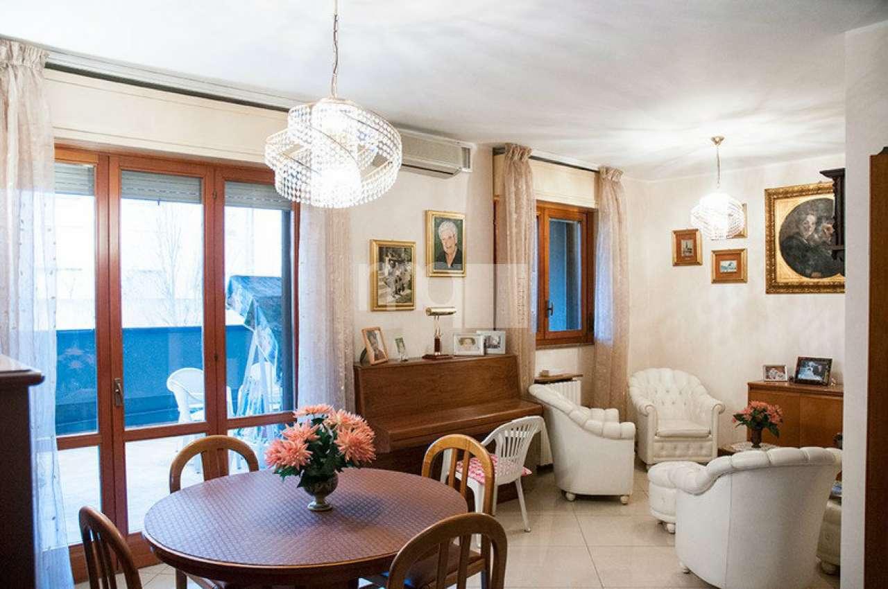 Appartamento in vendita a Milano, 2 locali, zona Zona: 9 . Chiesa Rossa, Cermenate, Ripamonti, Missaglia, Gratosoglio, prezzo € 198.000   Cambio Casa.it