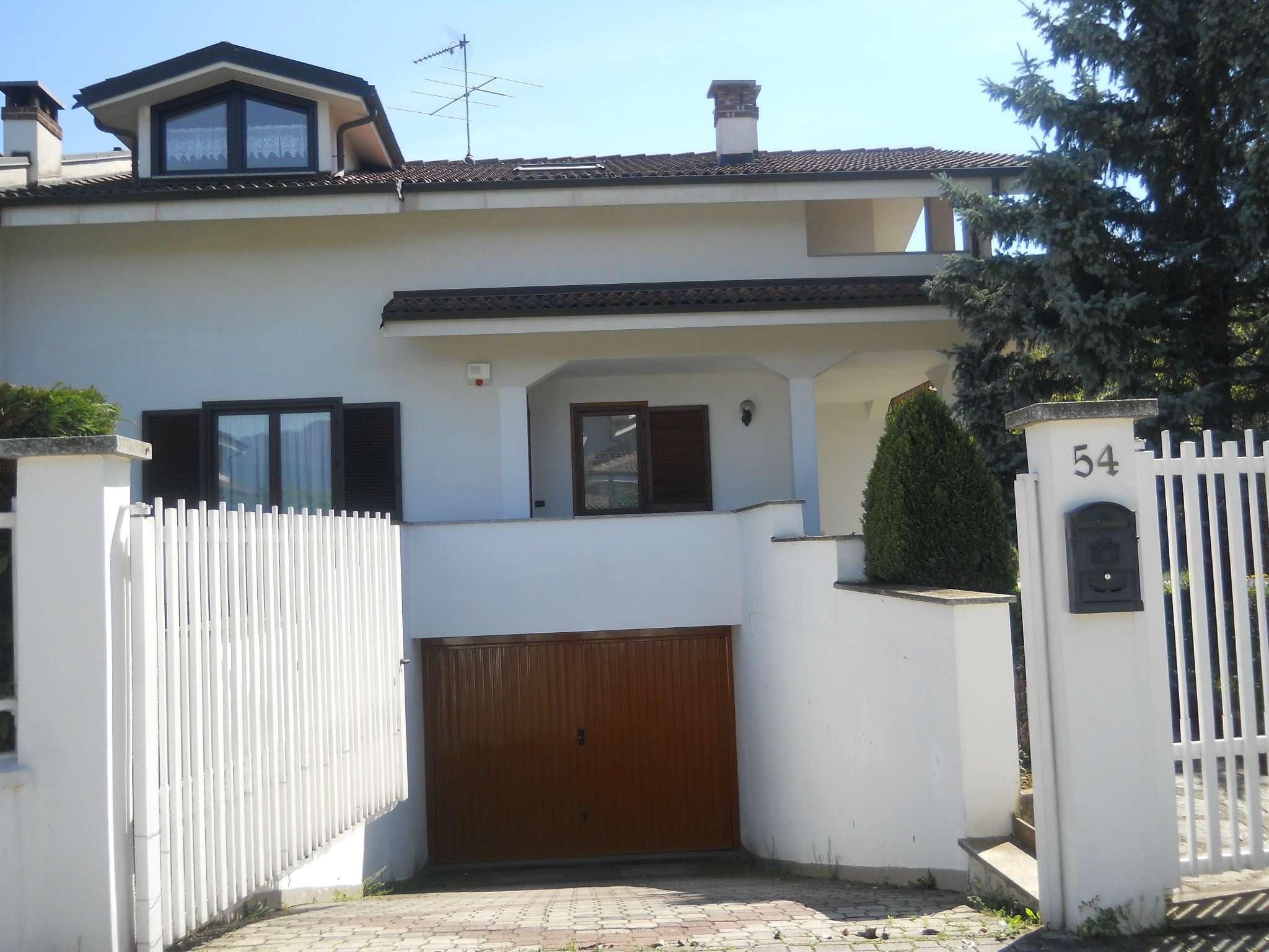 Villa Bifamiliare in Vendita a Avigliana