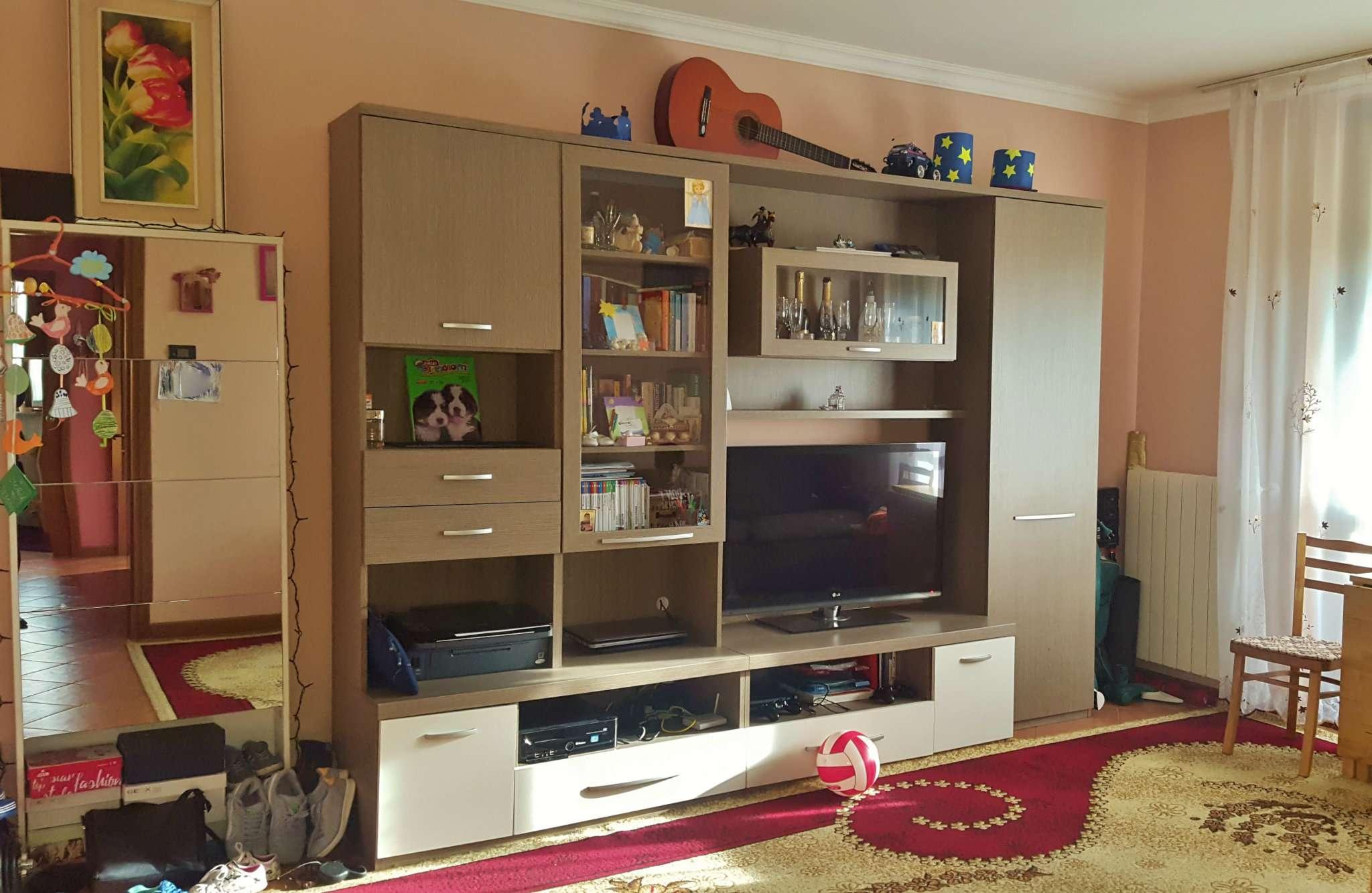 Appartamento in affitto a San Zenone al Lambro, 3 locali, prezzo € 550 | Cambio Casa.it