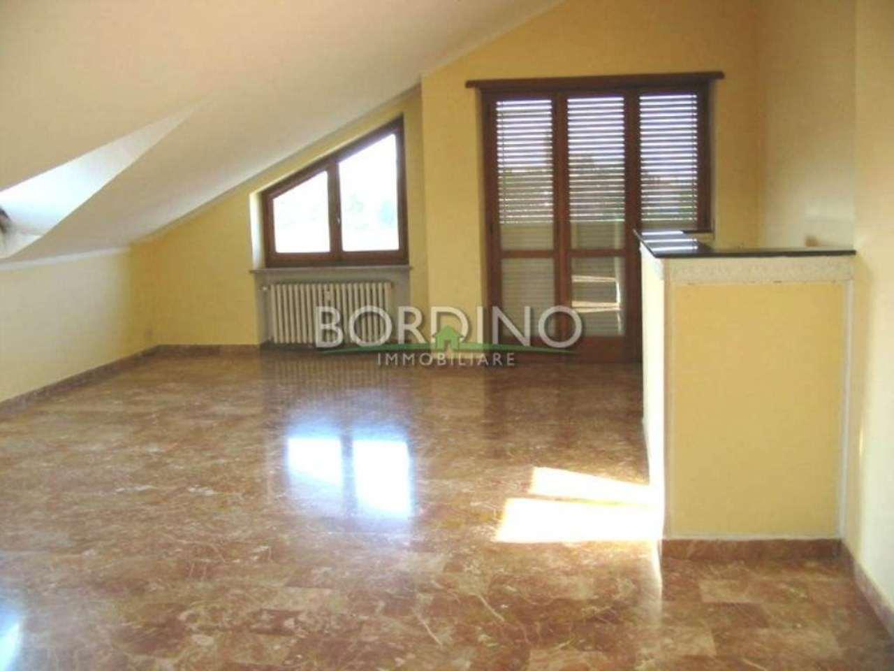 Attico / Mansarda in affitto a Priocca, 4 locali, prezzo € 325 | Cambio Casa.it