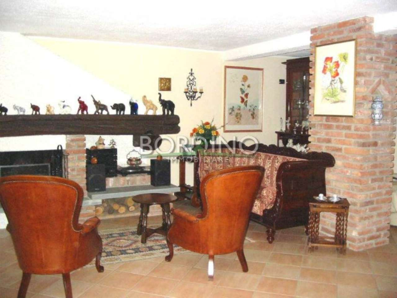Villa Bifamiliare in vendita a Vigliano d'Asti, 10 locali, prezzo € 365.000 | Cambio Casa.it