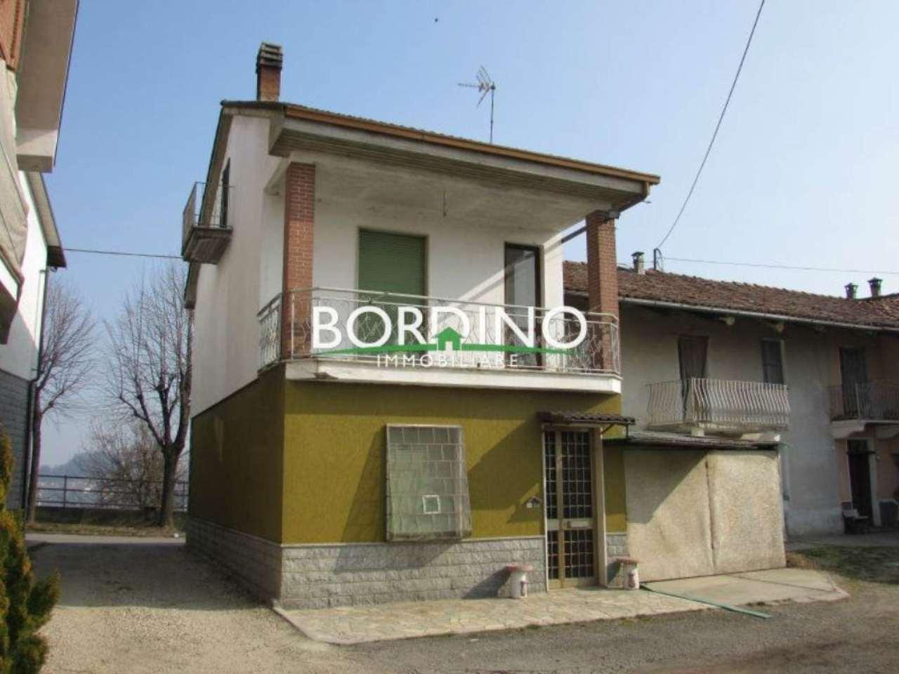 Soluzione Indipendente in vendita a Govone, 7 locali, prezzo € 68.000 | Cambio Casa.it