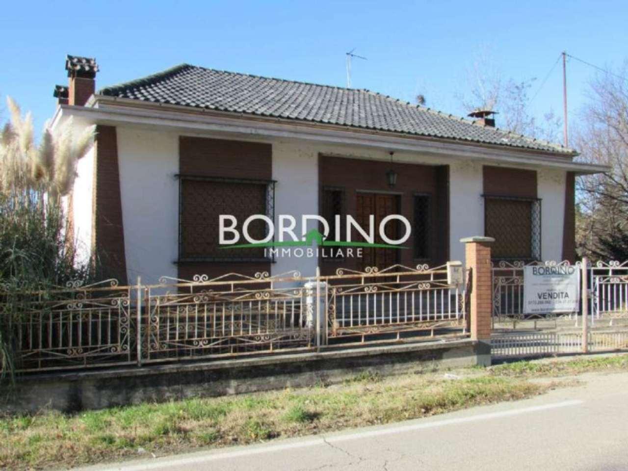 Soluzione Indipendente in vendita a Govone, 6 locali, prezzo € 110.000 | Cambio Casa.it