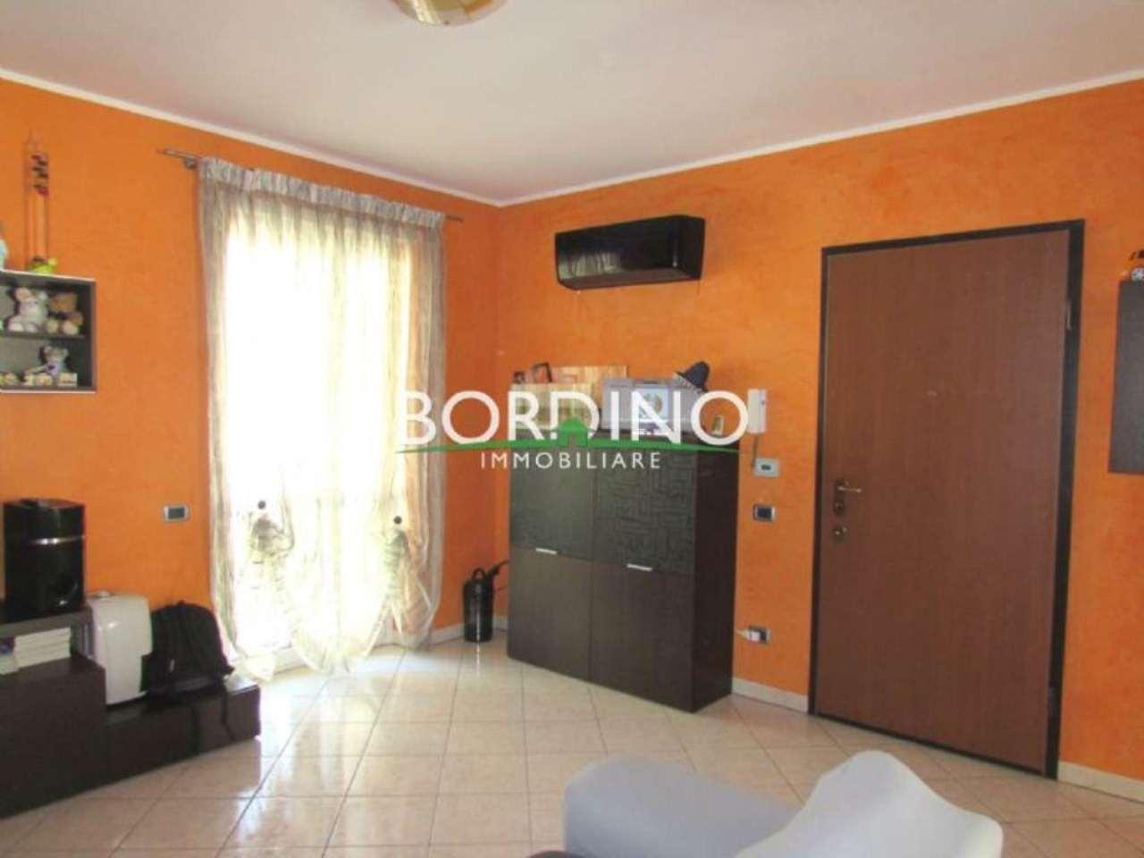 Appartamento in vendita a Govone, 4 locali, prezzo € 158.000 | Cambio Casa.it