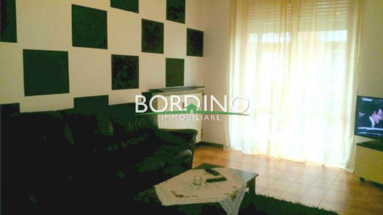 Appartamento in vendita a Castagnito, 4 locali, prezzo € 105.000 | Cambio Casa.it
