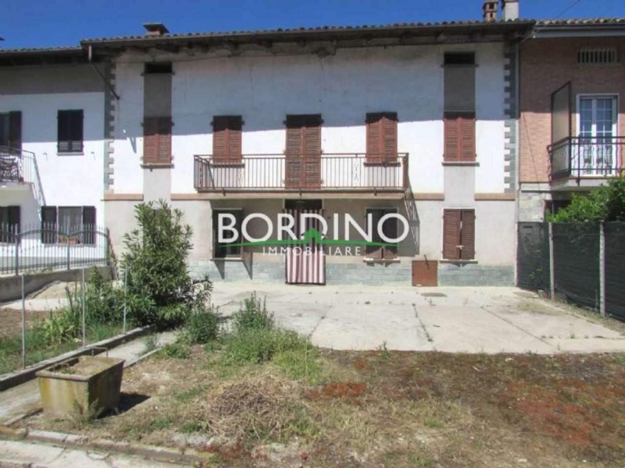 Rustico / Casale in vendita a Govone, 6 locali, prezzo € 65.000 | Cambio Casa.it