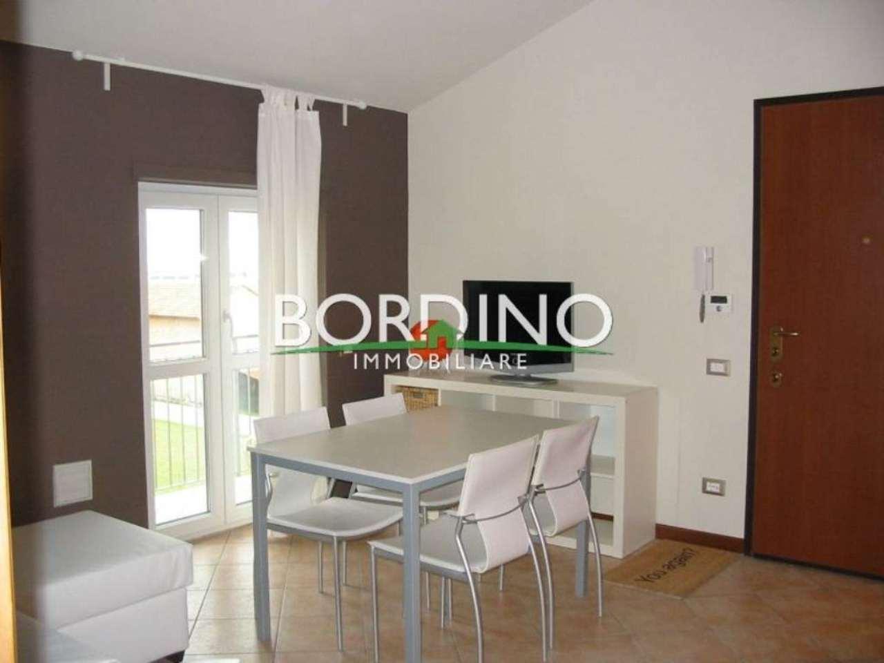 Appartamento in vendita a Govone, 2 locali, prezzo € 90.000 | Cambio Casa.it