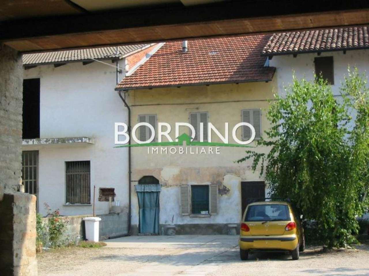 Rustico / Casale in vendita a Magliano Alfieri, 5 locali, prezzo € 40.000 | Cambio Casa.it