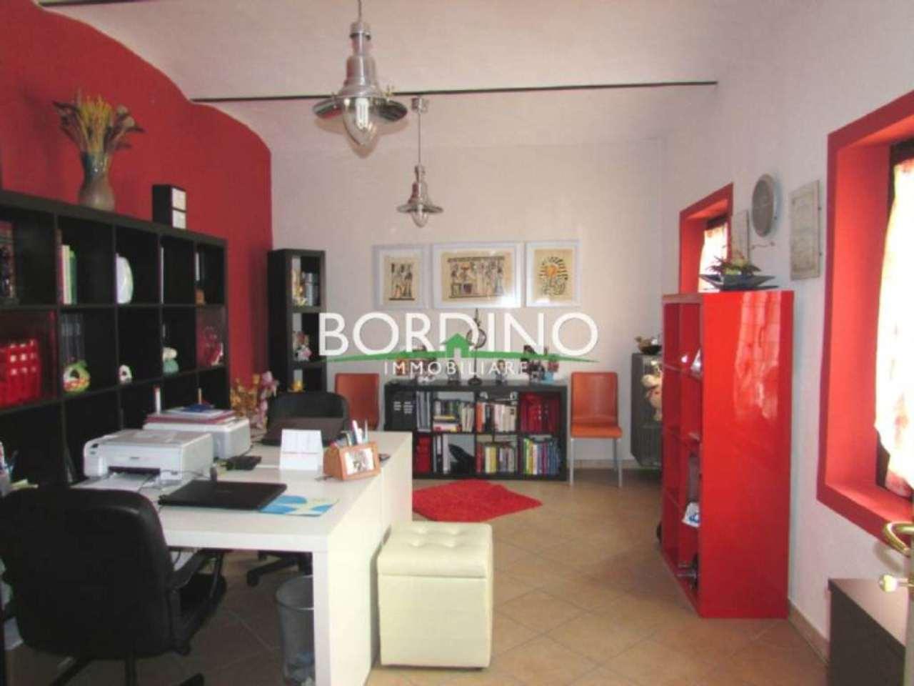 Soluzione Indipendente in vendita a Guarene, 7 locali, prezzo € 365.000 | Cambio Casa.it