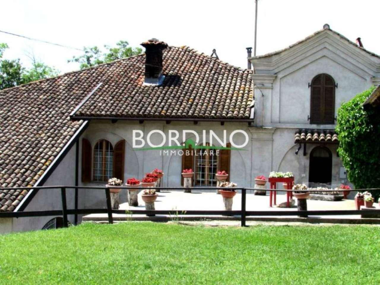 Altro in vendita a Govone, 6 locali, prezzo € 380.000 | Cambio Casa.it